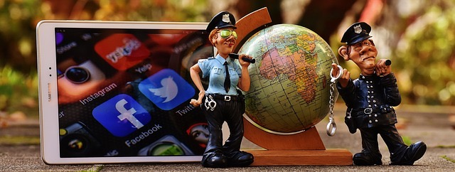 Advancing With Social Media - BillLentis.com