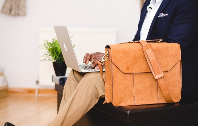 Blogging, a Completely Free Internet Marketing Technique - BillLentis.com