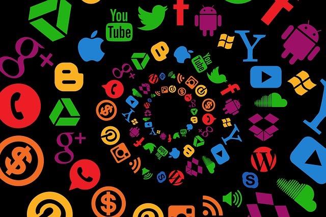 Brand Creation And Customer Base Growth Using Social Media - BillLentis.com