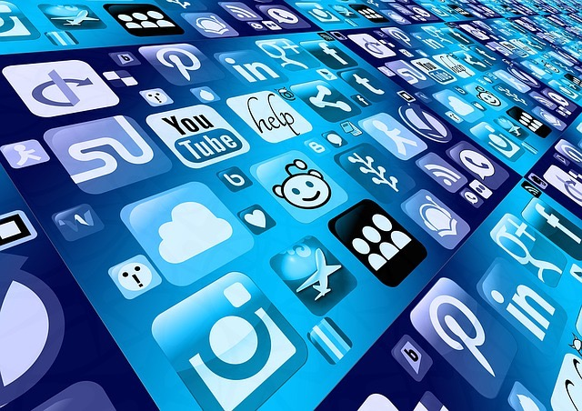 How To Earn Money From Social Media?