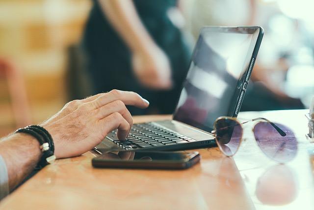 Market Your Business Through Pay Per Click Marketing Strategy - BillLentis.com