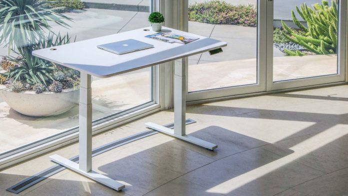 Autonomous Smart Desk - BillLentis.com