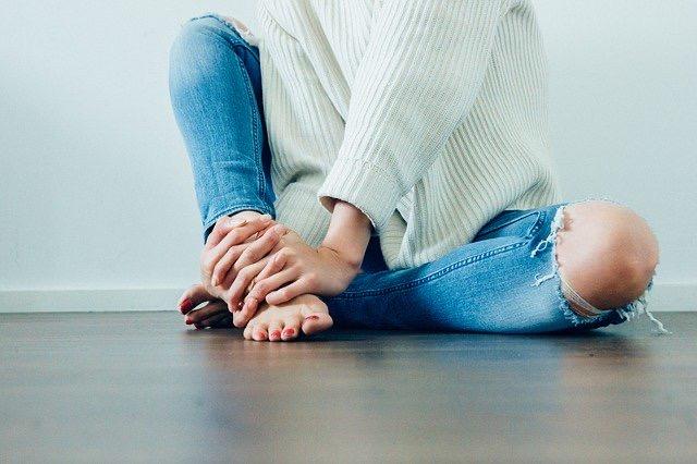 Standing Desk And Knee Pain - Bill Lentis Media