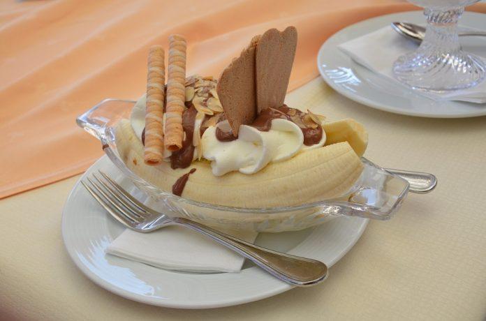 Cara membuat es krim pisang dalam blender-Bill Lentis media