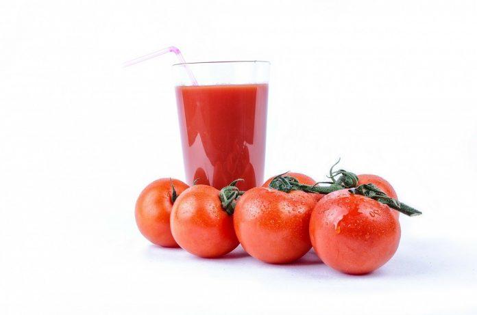 Kako napraviti sok od rajčice u blenderu - Bill Lentis Media