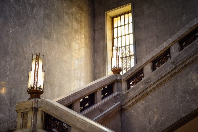 Choosing The Right Lighting For Your Stairs