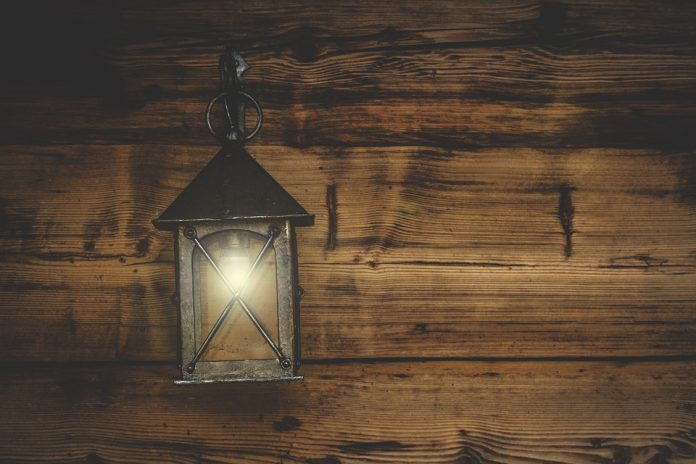 Considerations When Buying Wall Lights For Indoors - Bill Lentis Media