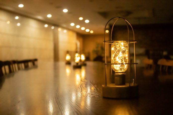 Kitchen Fluorescent Lighting Fixtures - Bill Lentis Media
